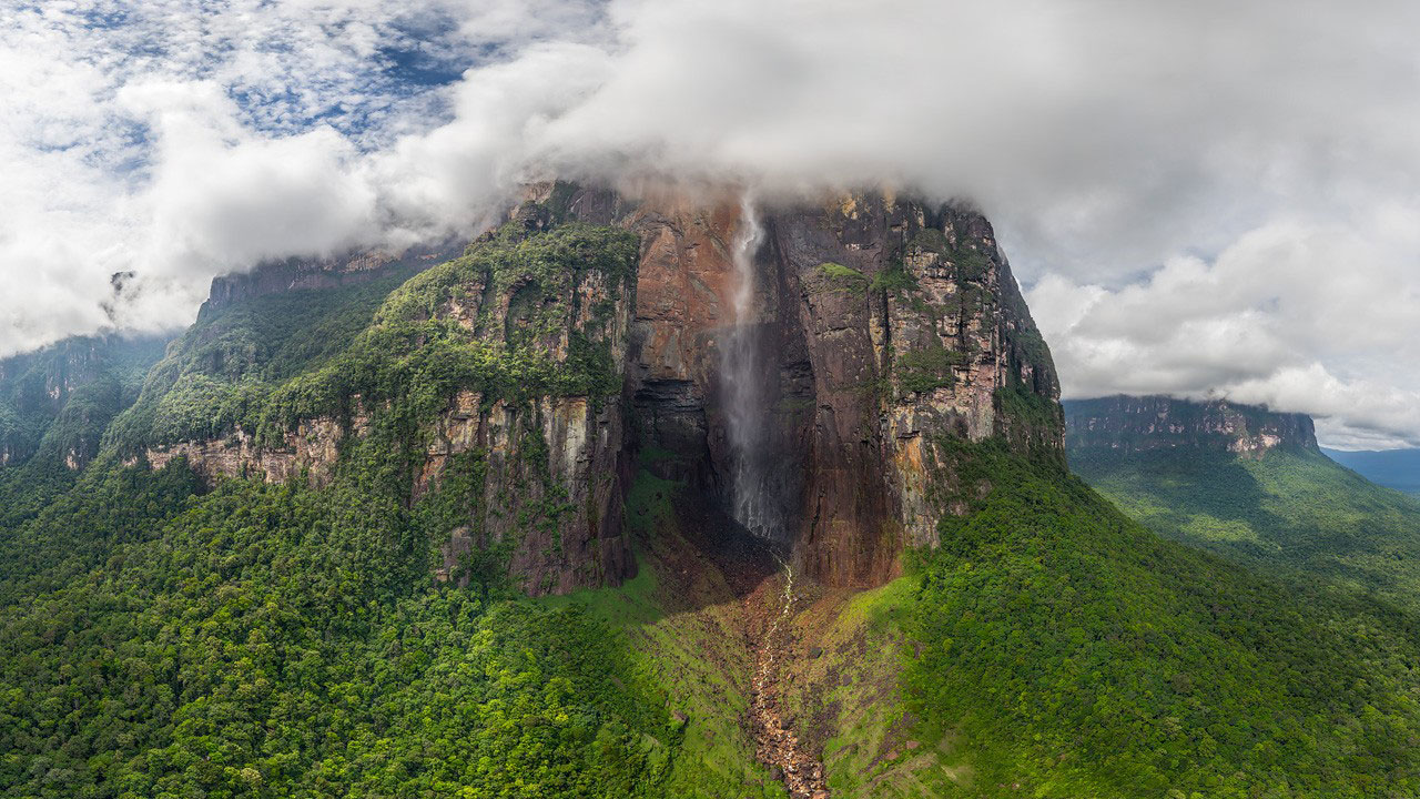 Cyber Tourism for The Highest Waterfall in the World
